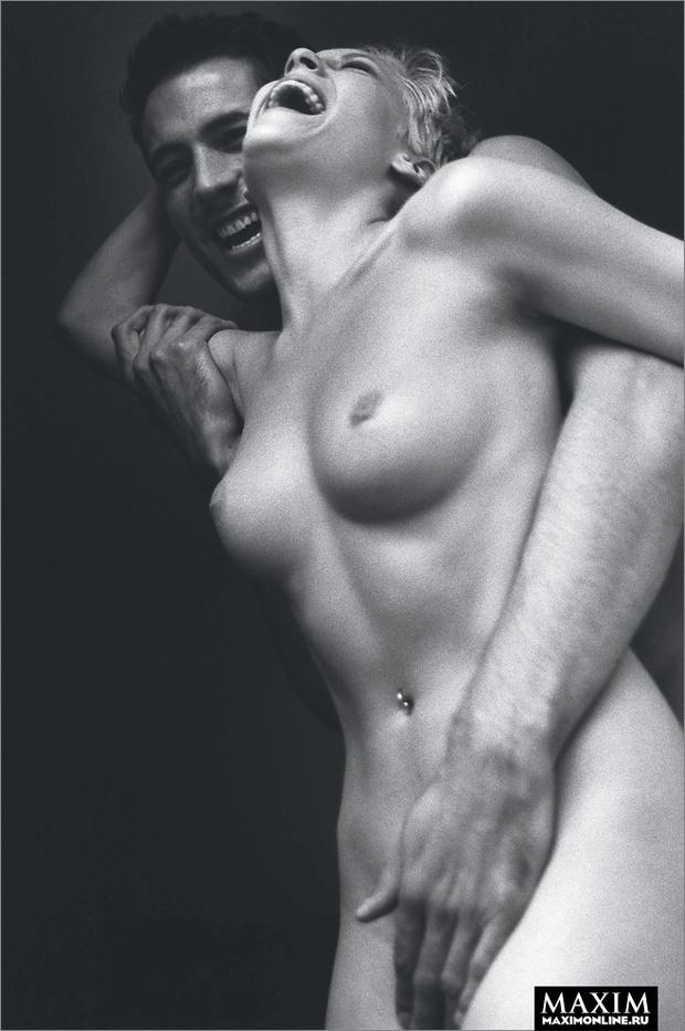 Фото №2 - Секс в одно касание. Как сделать девушке приятно с помощью 10 пальцев и 1 языка
