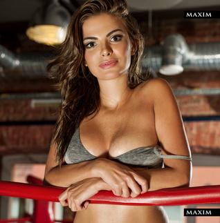 eroticheskoe-foto-video-aktris-i-televedushih