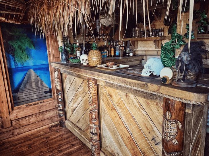 Фото №6 - Британский строитель долго не мог позволить себе отпуск, поэтому создал настоящий тропический рай в собственном саду (фото)
