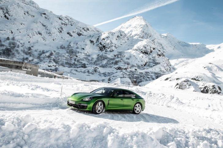 Фото №1 - Porsche Panamera GTS: в спортивной форме