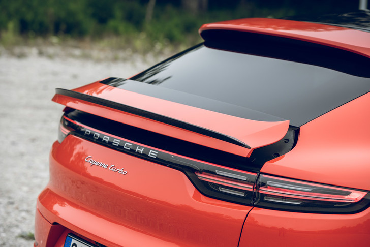 Фото №3 - Porsche Cayenne Coupe: строчка в техпаспорте