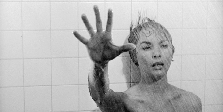Фото №2 - Топ-9 самых эротичных сцен в фильмах ужасов и триллерах
