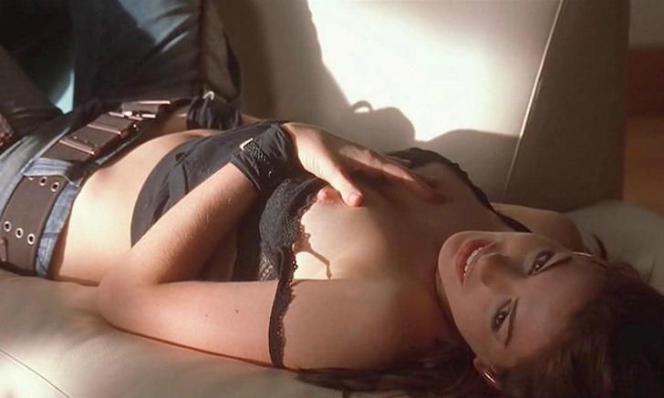 Фото №3 - 11 серьезных актрис, которые снимались в по-настоящему горячих сценах