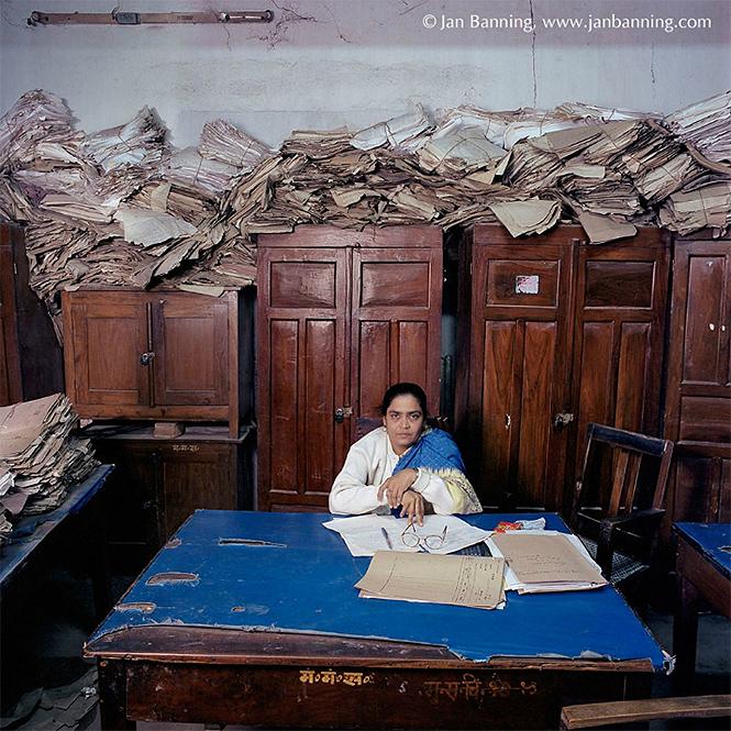 Фото №2 - Как выглядят кабинеты чиновников и служащих в разных странах