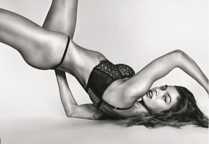Фото №1 - Ангел недели: модель Victoria's Secret Стелла Максвелл!