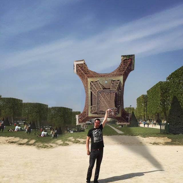 Фотожаба с Эйфелевой башней