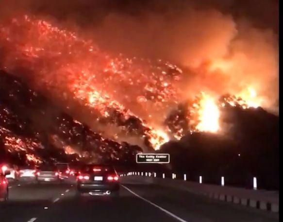 Адское видео: вот что творят всепожирающие лесные пожары в Калифорнии