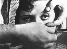 Самый страшный кошмар всех, кто носит контактные линзы, реализовался!