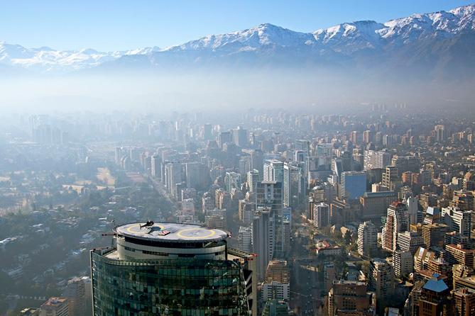 Чили  Вылет со второго по величине небоскреба Южной Америки — Titanium Tower
