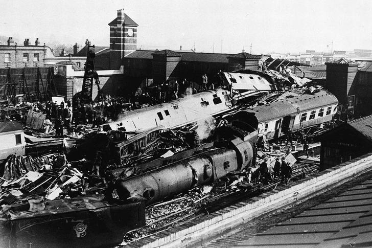 Фото №8 - Самые впечатляющие фото железнодорожных катастроф