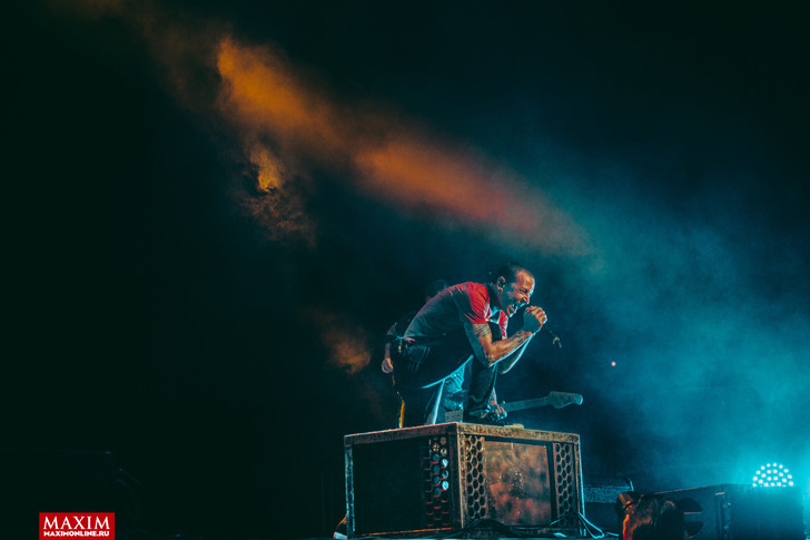 Фото №7 - Вопли рока. Что творилось на концерте Linkin Park
