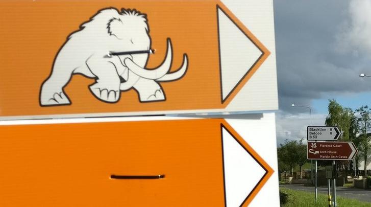 Фото №2 - Судя по новым кадрам с места съемок, в приквеле «Игры престолов» появятся мамонты
