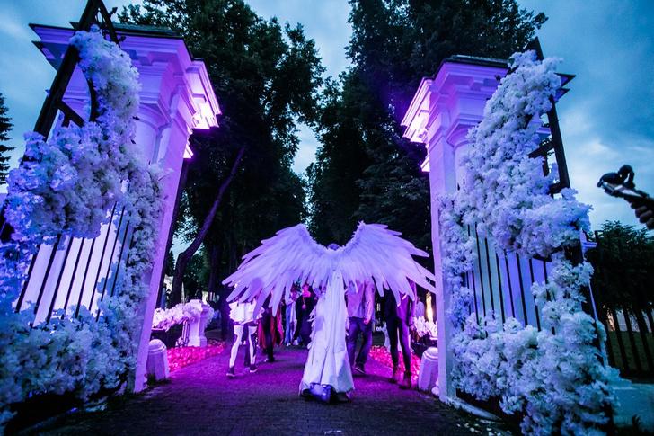 Фото №3 - Все красотки вечеринки Midsummer Night's Dream в одном фотоотчете