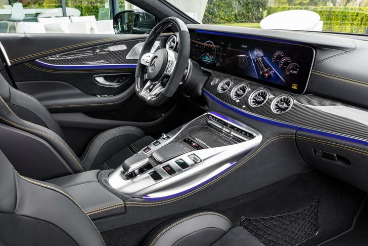 Фото №9 - Mercedes-AMG представляет ошеломительно быстрый гран-туризмо GT 4‑Door Coupe