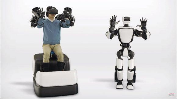 Toyota показала робота, который копирует движения хозяина