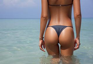 Подсчитано, сколько женщин готовы завести курортный роман!