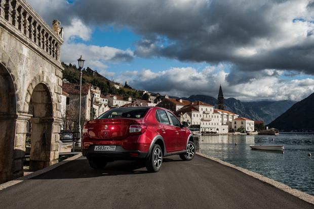 Фото №1 - Renault Logan Stepwaу: каршеринг минус
