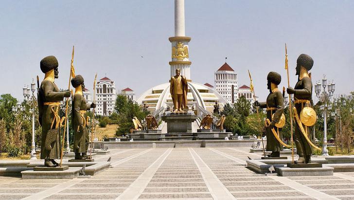 Фото №1 - Туркмения не выпустит граждан до 40 лет