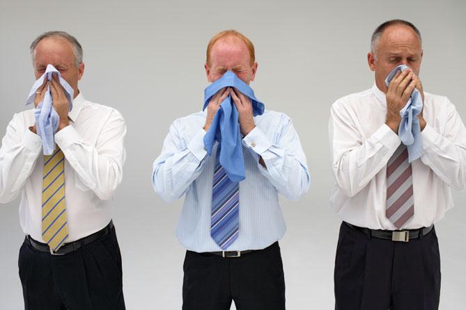 Фото №1 - Все, что мужчине нужно знать про ОРВИ и грипп