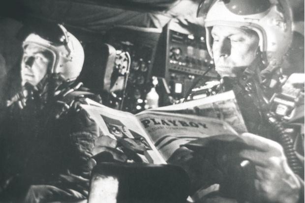 На кадре из фильма Кубрика  «Доктор Стрейнджлав»— пилоты «Боинга Б-52»