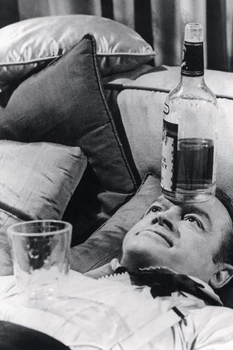 Фото №1 - Как лечиться алкоголем