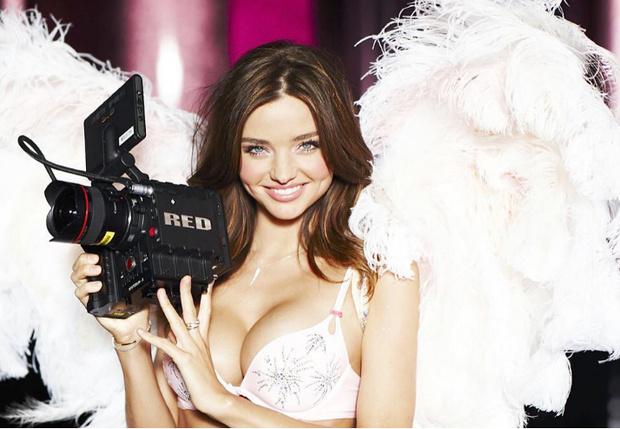 Фото №1 - Ангел недели: модель Миранда Керр