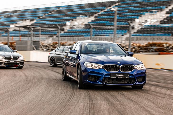 Фото №7 - Тест BMW M5, машины по превращению резины в дым