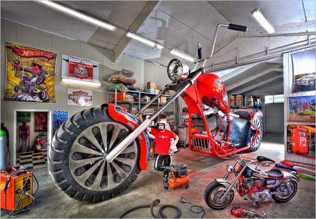 Самый большой мотоцикл на ходу