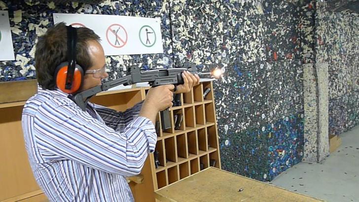 Фото №13 - Каково это— стрелять из ППШ, маузера, нагана, винтовки Мосина и еще девяти видов огнестрельного оружия
