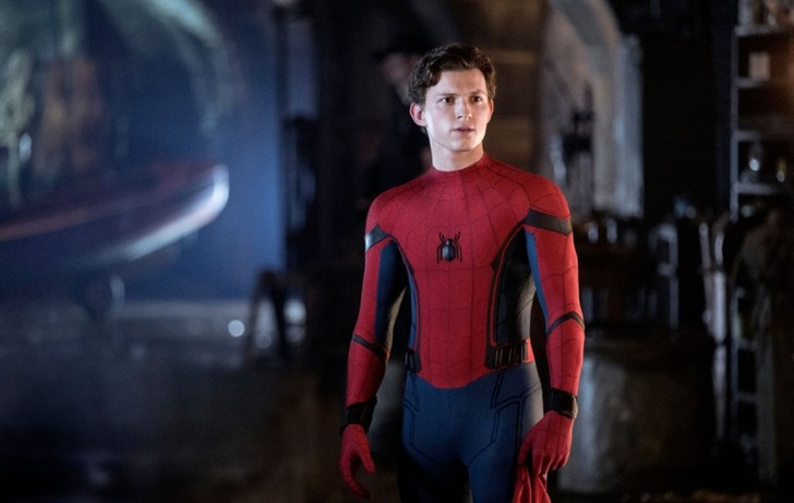 Фото №1 - Звездная качалка: научись ползать по стенам как Человек-паук
