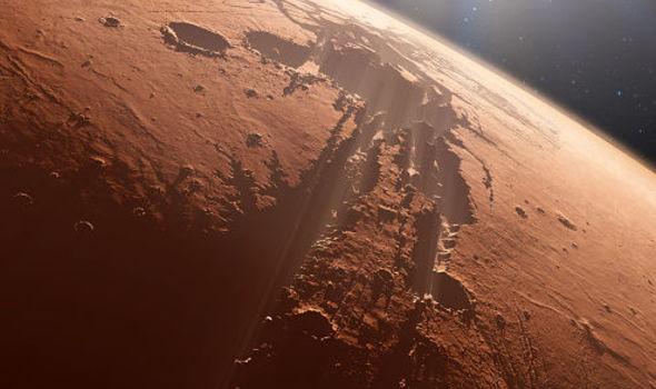 Фото №1 - На Марсе зарегистрировали маленькое, но землетрясение