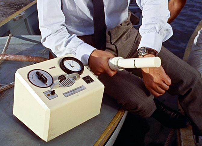 Фото №3 - 10 шпионских гаджетов агента 007, которые стали реальностью для всех