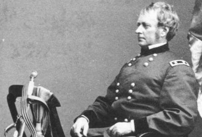 7 пикантных исторических фактов, о которых не расскажут в школе