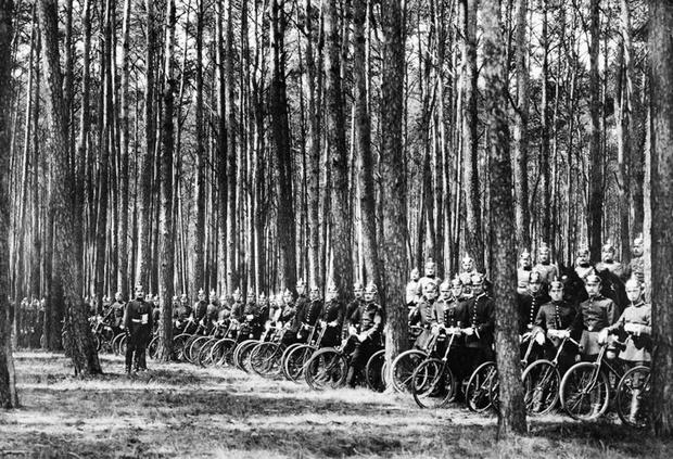 Фото №17 - Непридуманная история велосипедных войск