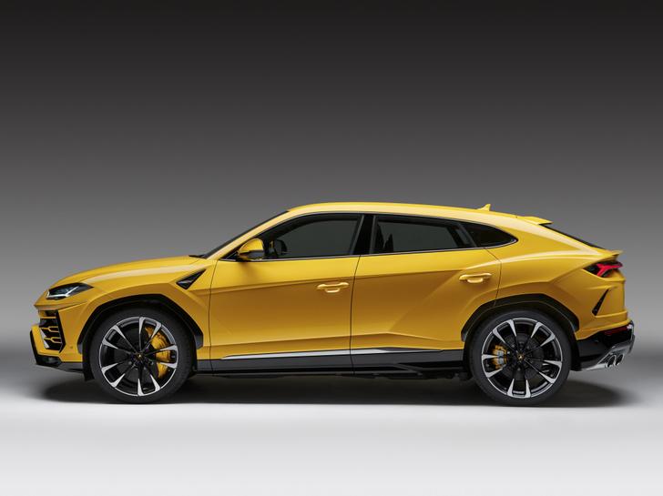 Фото №6 - Кроссоверу Lamborghini никто не удивился. Почему?