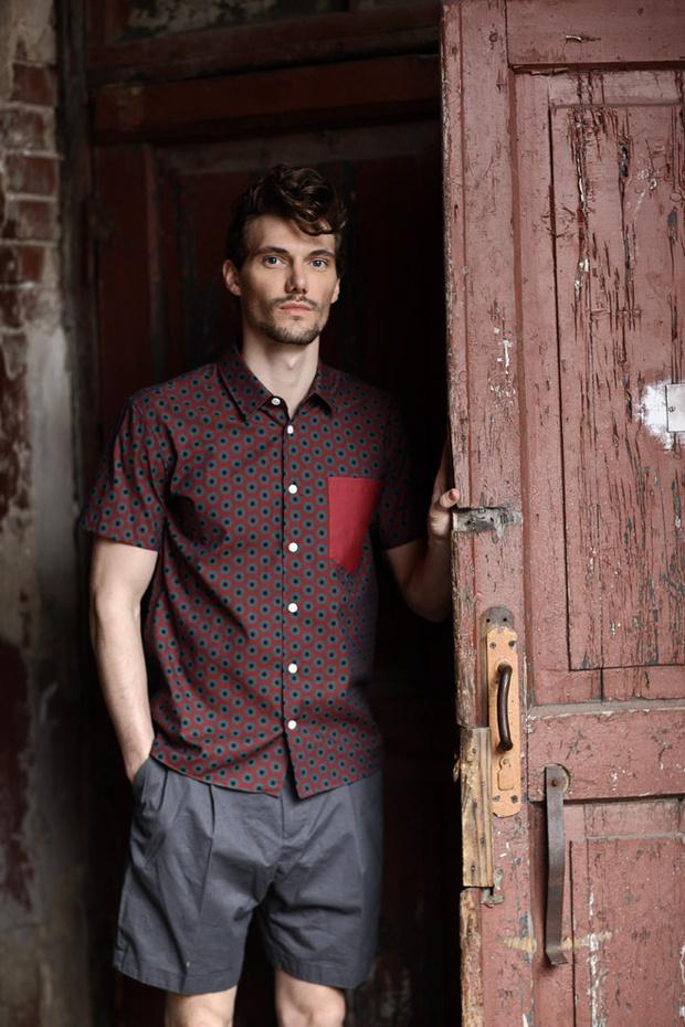 Рубашка Marc Jacobs, шорты H&M