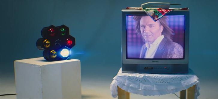 Фото №1 - «Император твиттера»: клип Дмитрия Маликова о его новой волне популярности