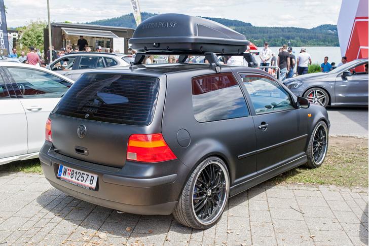 Фото №24 - Самые безумные машины фестиваля GTI Treffen