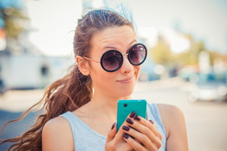 Фото №1 - Как определить, что интересуешь девушку, с помощью «сторис» в «Инстаграме»