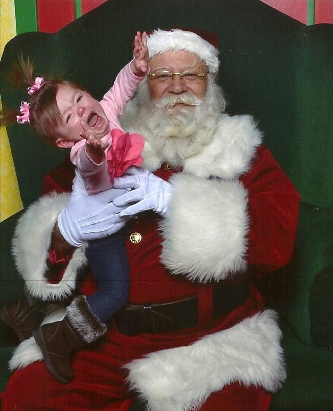 Девочка и Санта