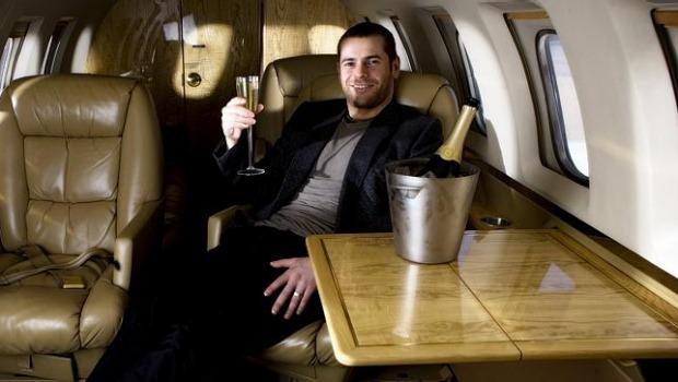 Фото №3 - В Австралии арестовали миллионера из России, которого обвиняют в крупнейшей SMS-афере