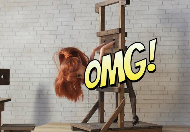 Россиянин создал набор БДСМ-мебели для Барби
