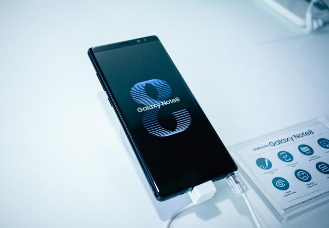 В Парке Горького Samsung Galaxy Note8 впервые встретился с россиянами