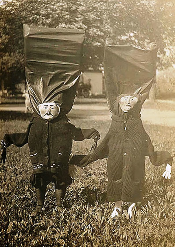 Самые жуткие ретрокостюмы на Хеллоуин!