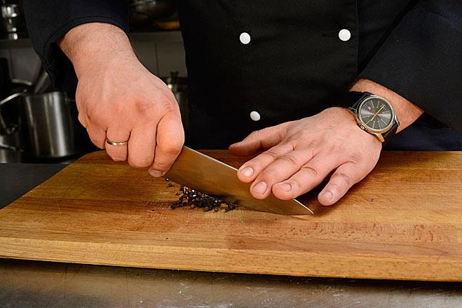 Мясо нарезать (Рибай рецепт в фото)