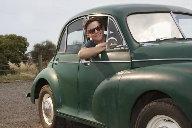 Фото №1 - Cамые популярные у россиян первые автомобили
