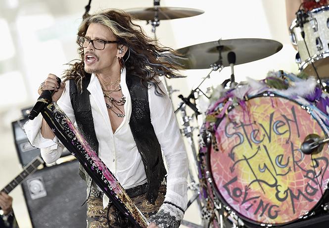 Первый за 68 лет сольник мистера Aerosmith и другие главные диски месяца!