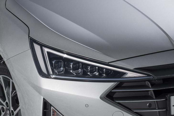 Фото №2 - Hyundai удивила ценой обновленной Elantra
