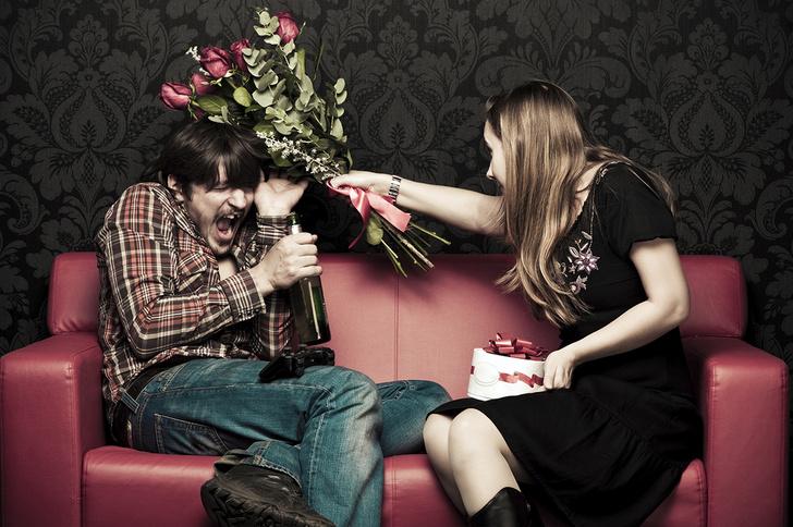 Фото №2 - Как правильно дарить девушке подарки: 12 незыблемых правил
