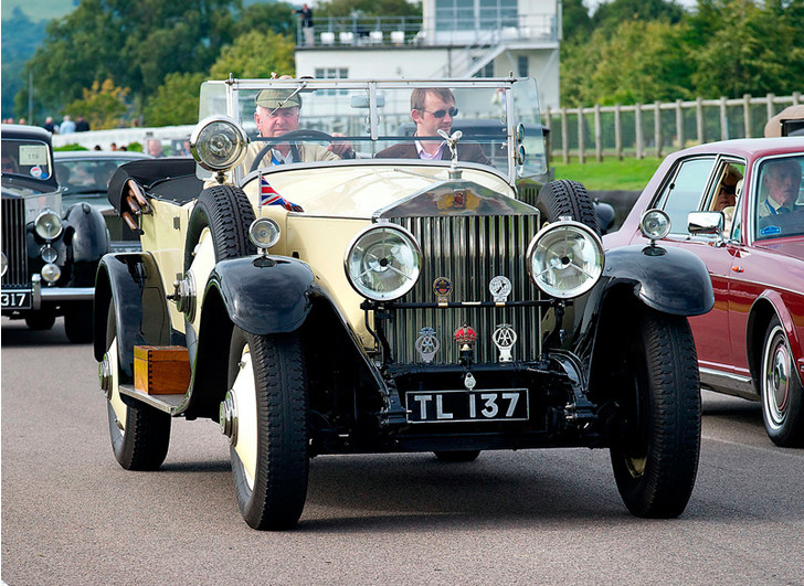 Фото №9 - Из ворот завода в Гудвуде выехал последний Rolls-Royce Phantom VII